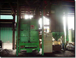Green sand treatment and moulding unit